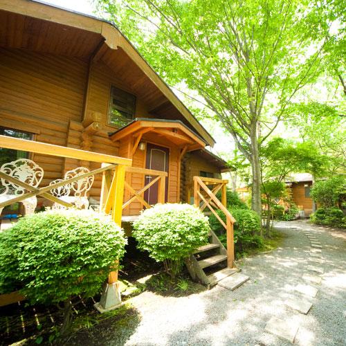 湯布院温泉の奥座敷由布の森と水の恵み全室離れ別荘どんぐり