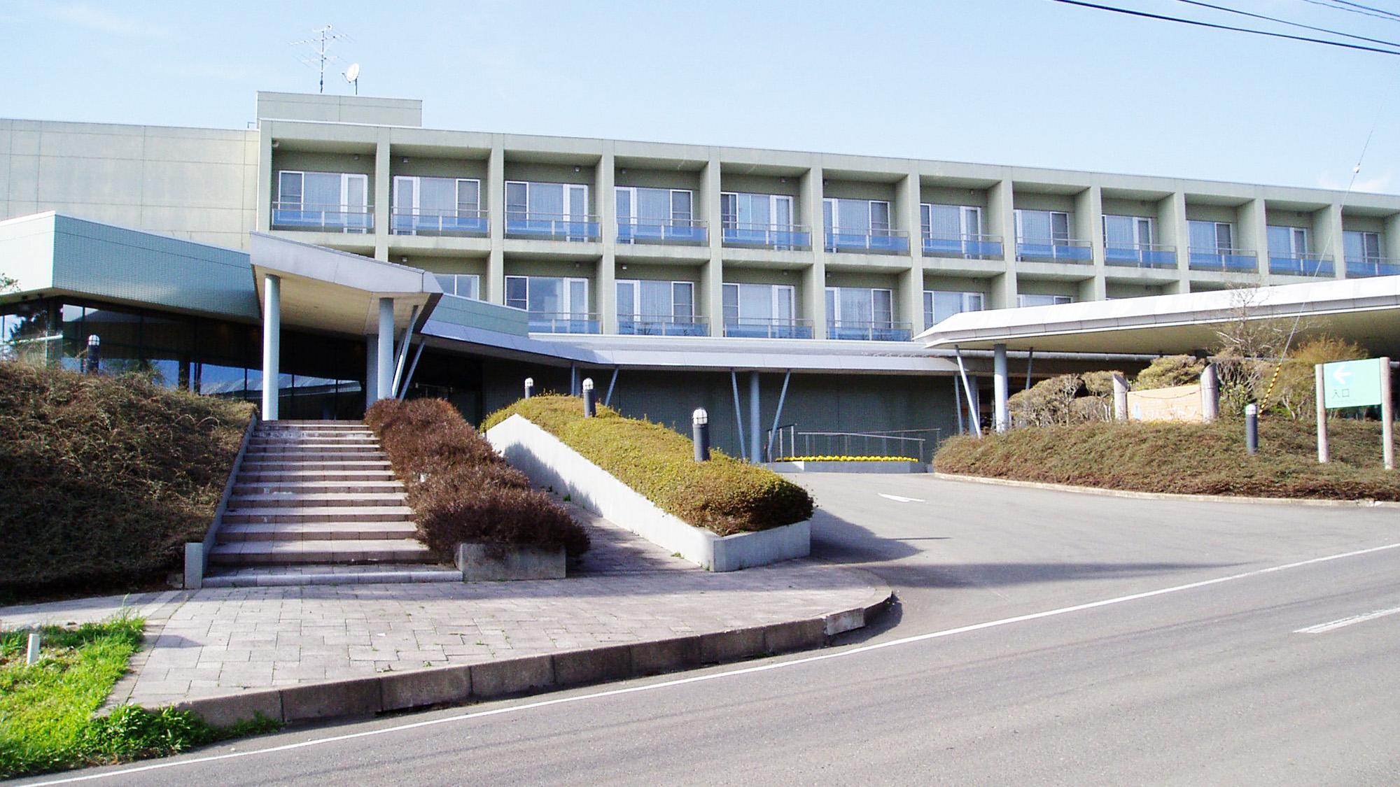 ホテル・プラザクリプトン(秋田県森林学習交流館)