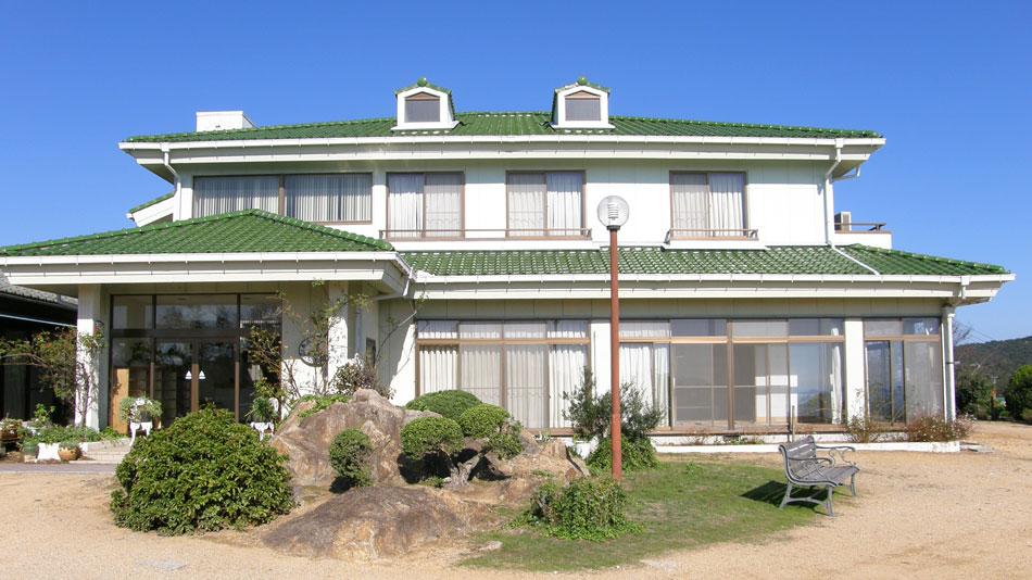 前島民宿 おふくろの家