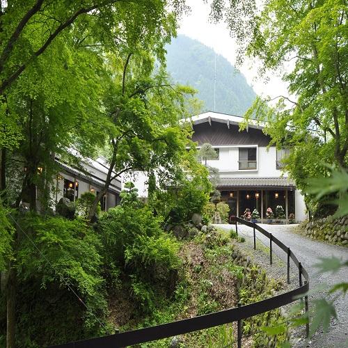 奥秩父 谷津川館