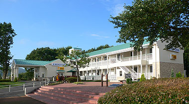 ファミリーロッジ旅籠屋・佐野SA店(EーNEXCO LODGE 佐野SA店)