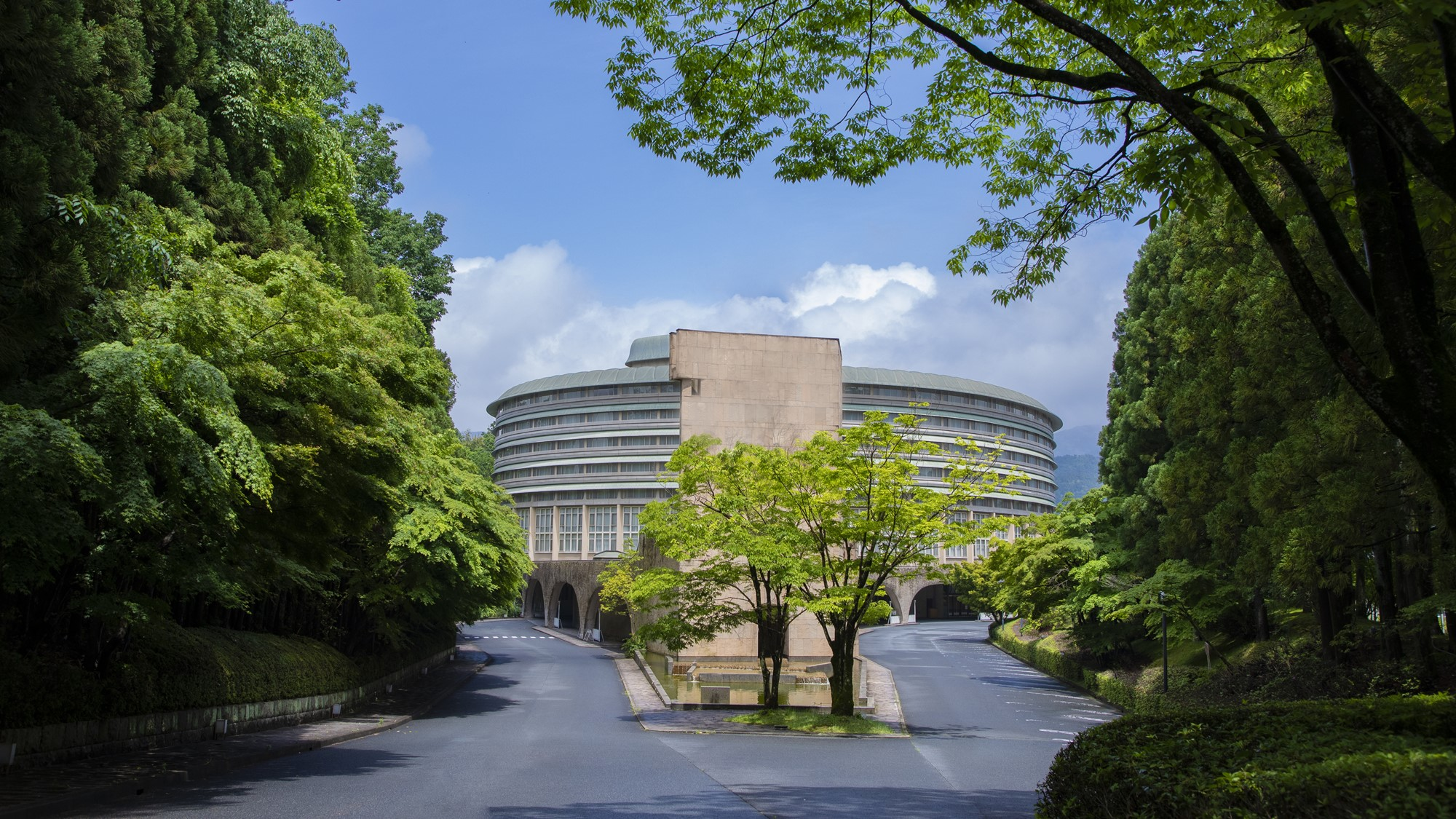 京都宝ヶ池プリンスホテル外観