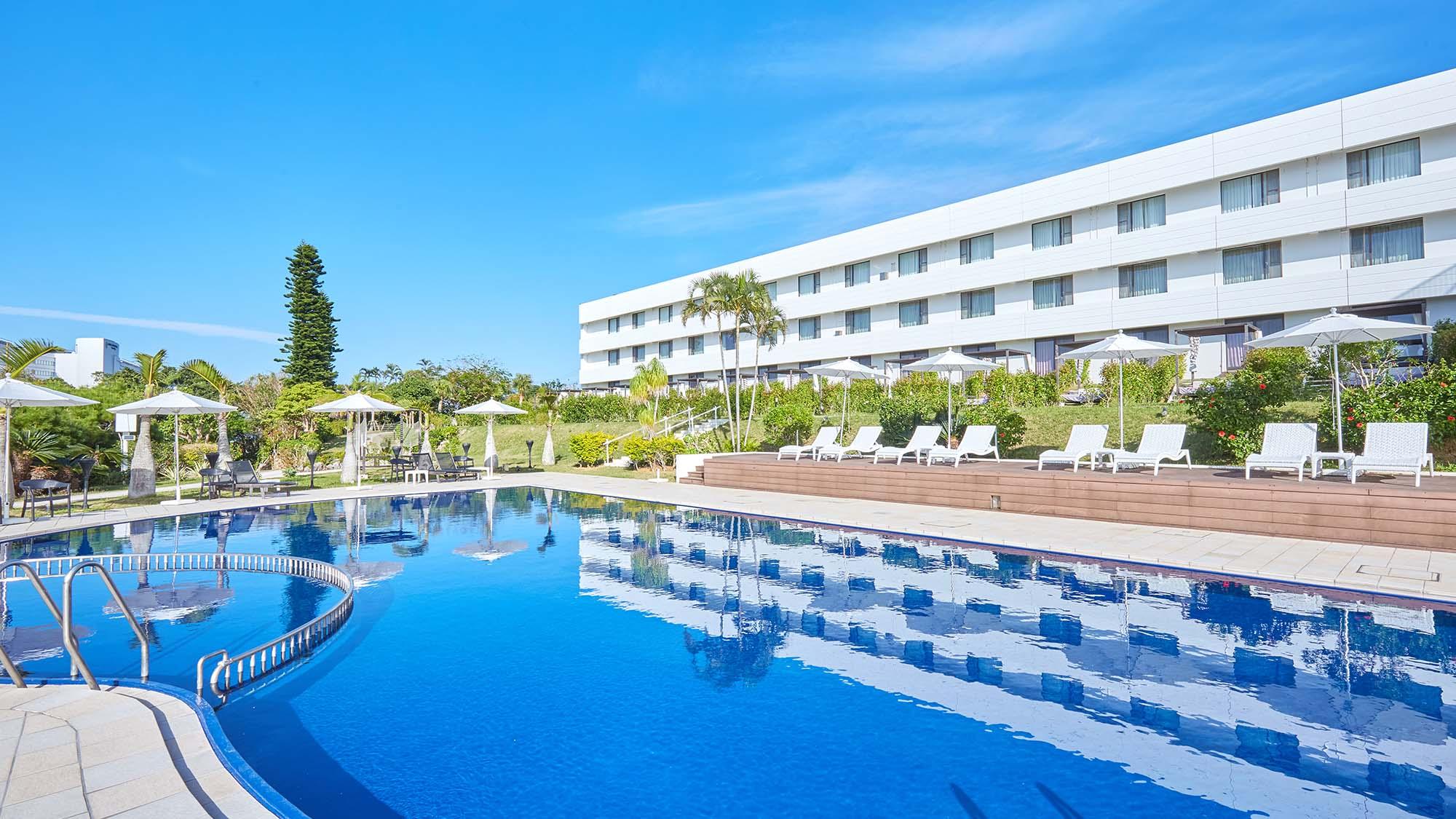 チサンリゾート沖縄美ら海(旧沖縄ロイヤルビューホテル)