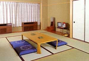 愛知県青年会館の和室