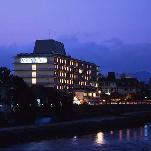 ホテルフジタ京都外観