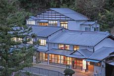 観光旅館 三頭山荘◆楽天トラベル