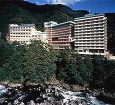ホテル鬼怒川御苑(イー・ホリデーズ提供)
