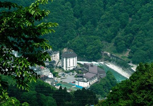 宇奈月ニューオータニホテル(農協観光提供)
